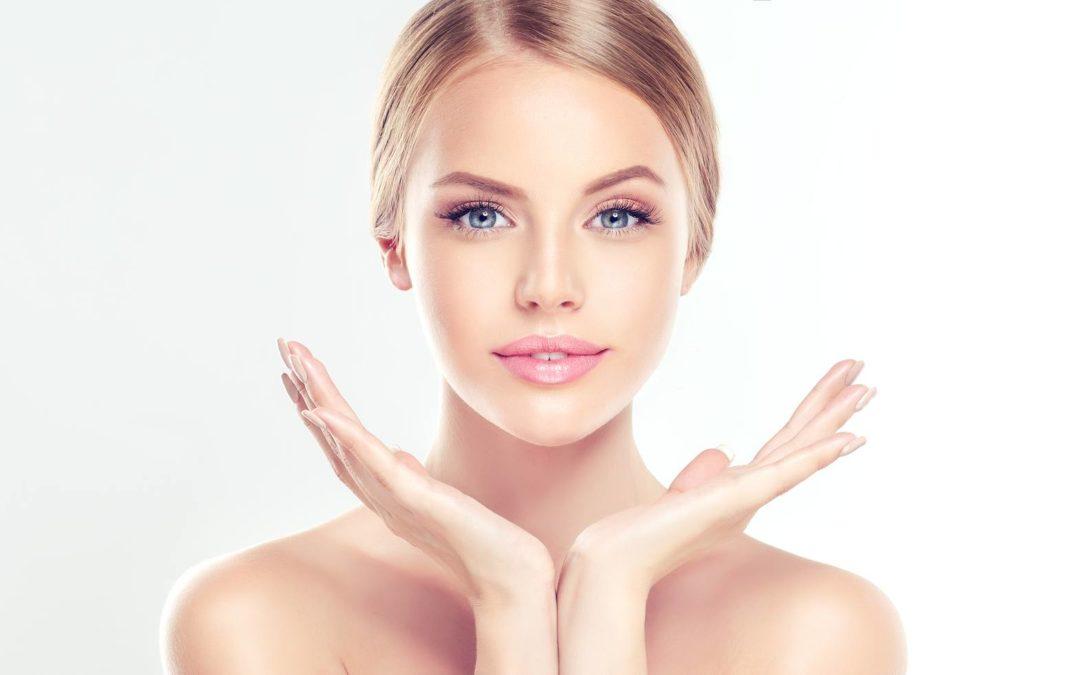 10 złych nawyków, przez które cierpi skóra.